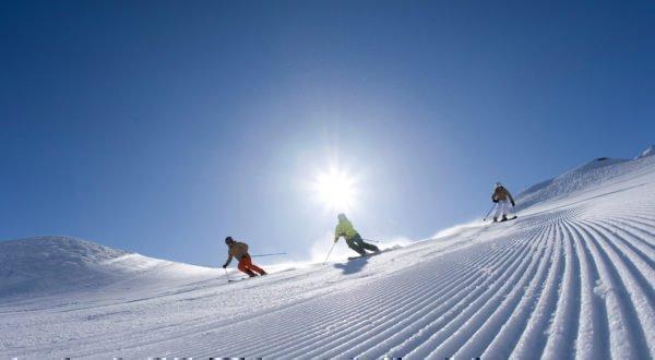 skifahren-fruehling-tirol